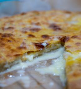 Khachapuri – cheese pie by Barbare Jorjadze